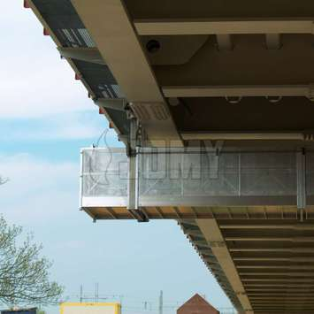 A heavy duty gantry in anodised aluminum