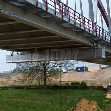 Aluminium gantry for bridge maintenance - Building Maintenance Unit
