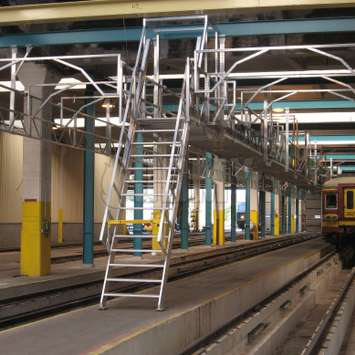 Aluminum construction for trein access
