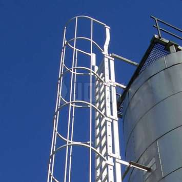 Cage ladder (catladder) installed on a silo.