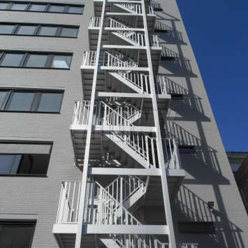 Different configurations for JOMY fire escape stairs are available.