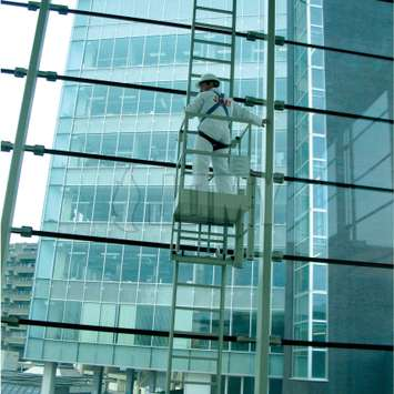 Ladder with workplatform for window cleaning - Building Maintenance Unit