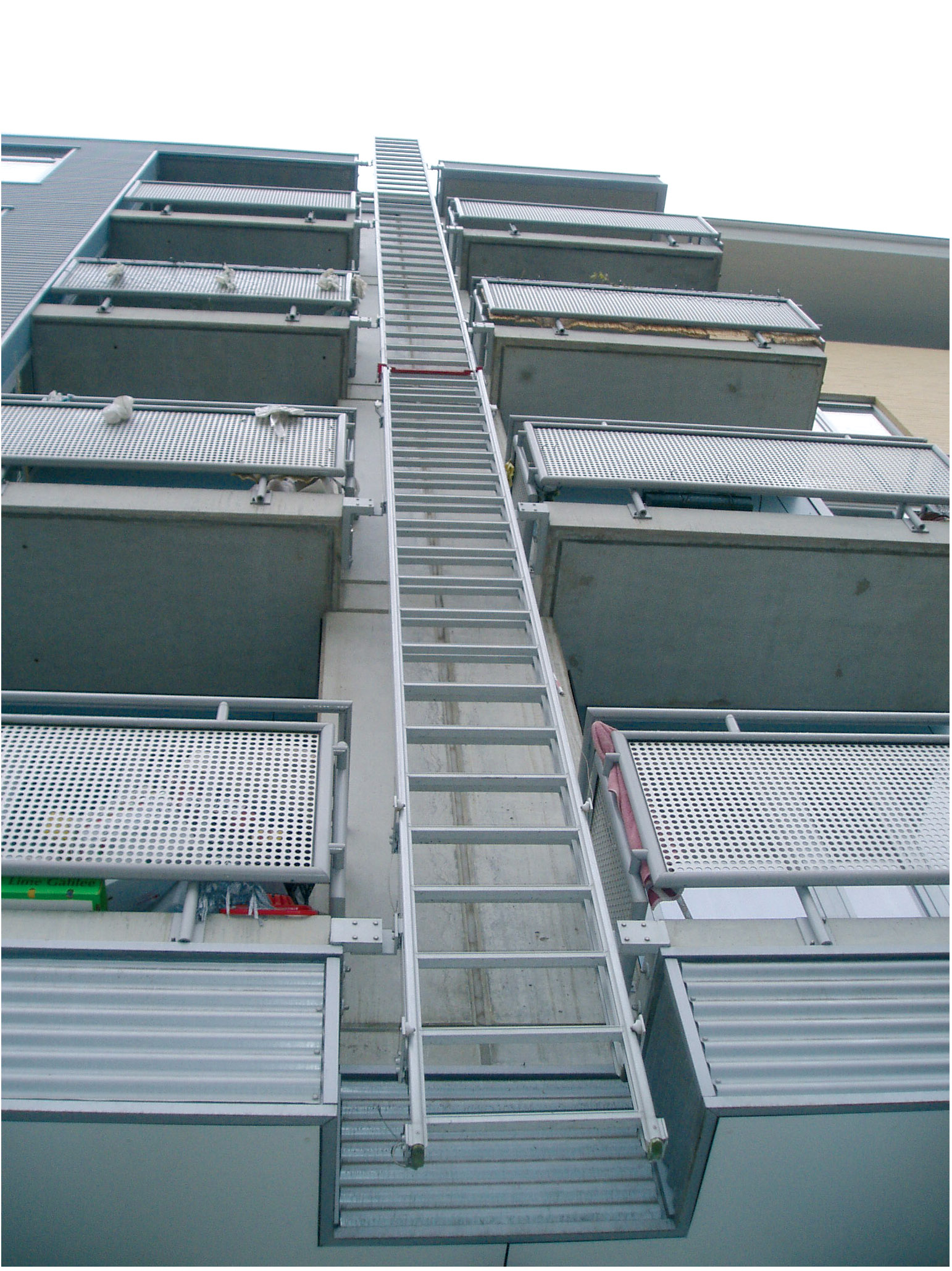 Anodised aluminum evacuation ladder antwerp version