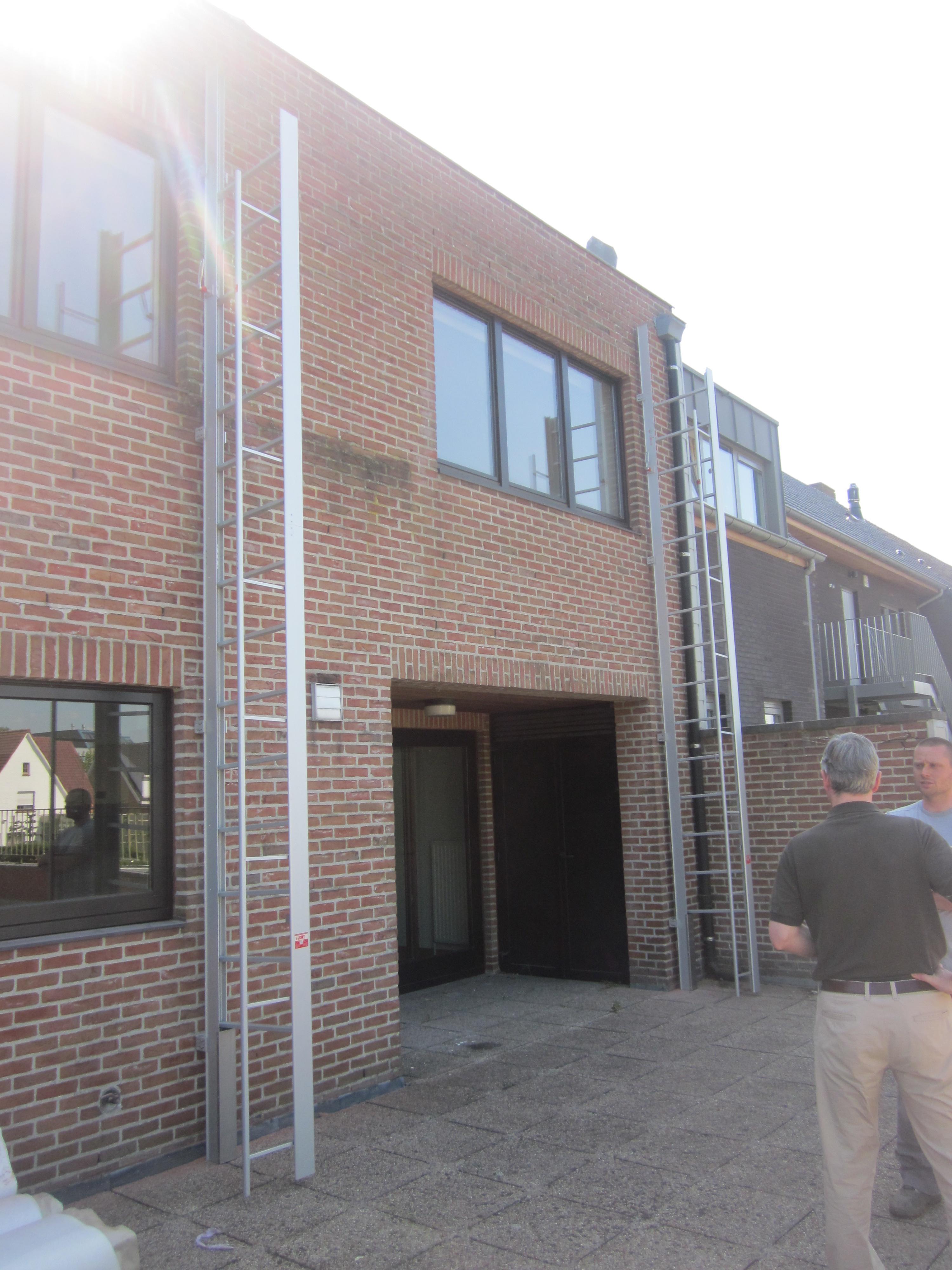 Apartment Building Fire Escape Ladder jomy| fire escape ladders retractable