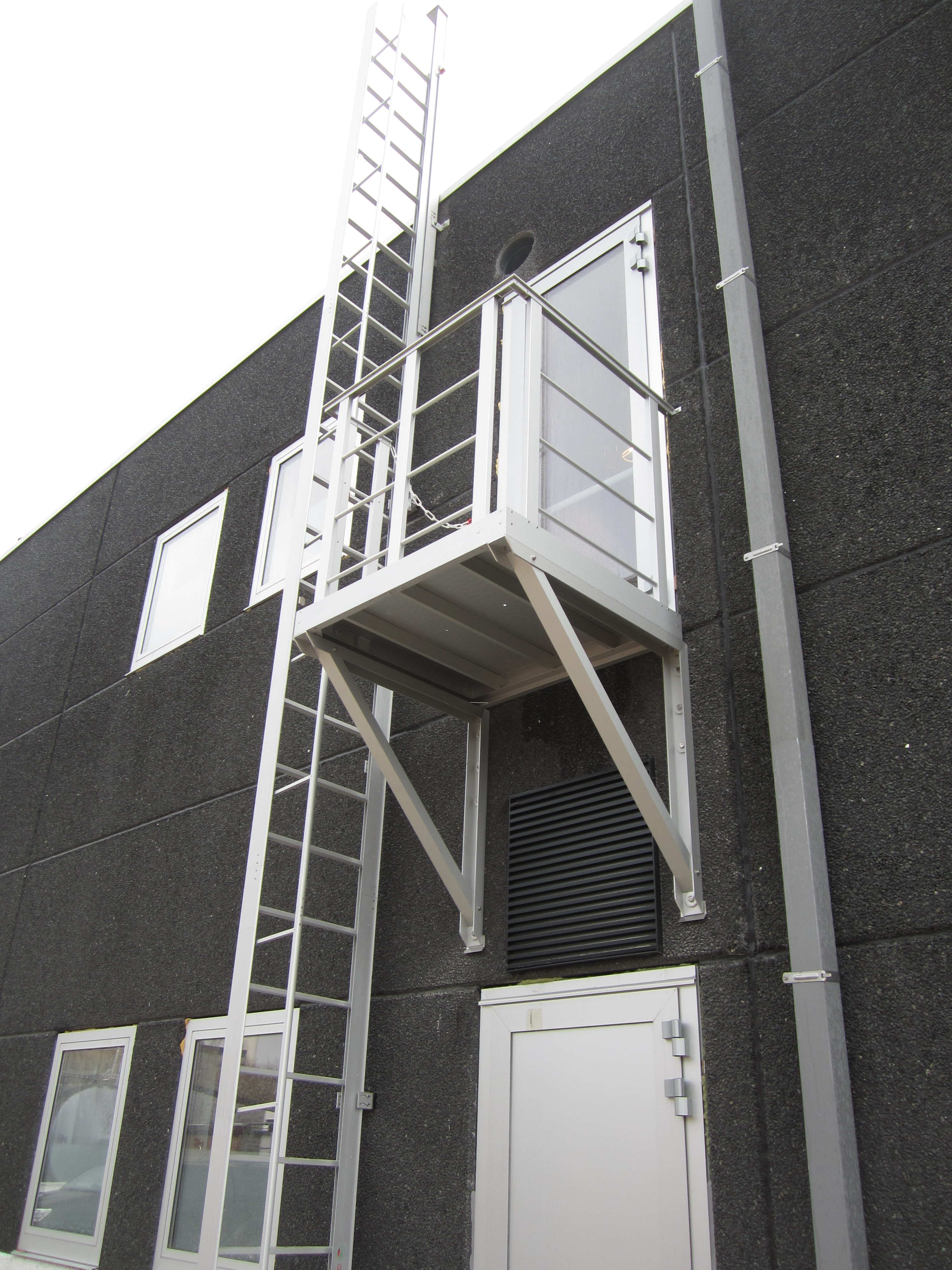 The JOMY Retractable Ladder is ideally suited for Access, Maintenance, and Evacuation