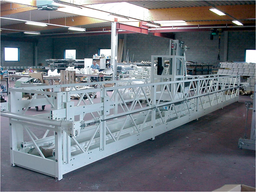 Work platform with telescopic gantry