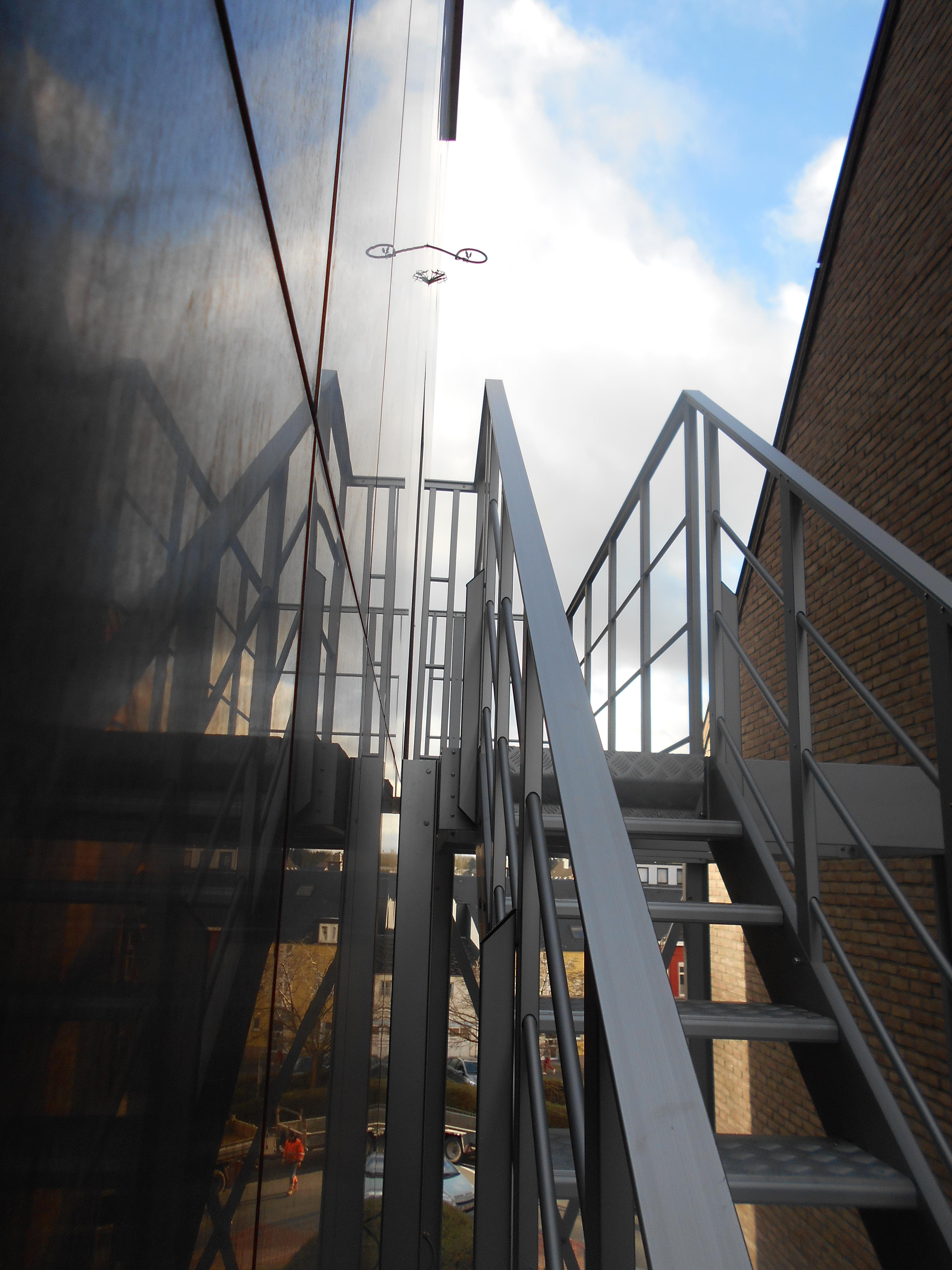Favori Escaliers de secours en aluminium et sur mesure pour l'évacuation  XK06